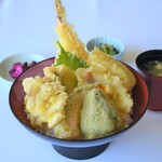 レストラン 海幸苑 - 海鮮天丼‼海鮮と野菜を盛り合わせた天丼になります。