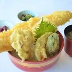 レストラン 海幸苑 - 穴子天丼‼小浜港直送地物穴子のみ使用。入荷分で売り切れ御免の人気丼ぶりです。
