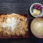 のぐち - 料理写真:2020年2月 上カツ丼 1050円