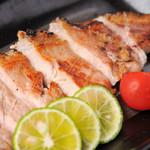 よかにせ - 鹿児島黒豚のロース炭火焼き