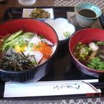コサカ - 料理写真:海鮮丼