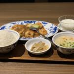 中国名菜 陳麻婆豆腐 - 海老チリセット
