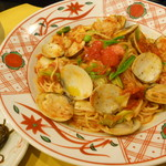 12857189 - 蛤と春野菜のトマトソース