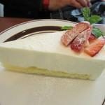 ブルック マークス - レアチーズケーキ