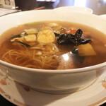 中華菜館 成都 - 料理写真:五目そば