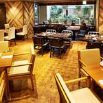 レストラン HUSHHUSH - ホール席