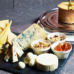 レストラン HUSHHUSH - おすすめチーズ5種盛り合わせ