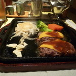 平家の郷 - チーズハンバーグ