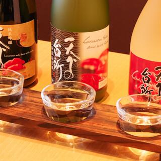 お料理を引き立てる、オリジナル日本酒「天下の台所」をどうぞ。