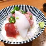 128602060 - 海鮮丼