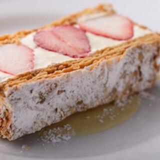 パティシエ特製のデザートをお楽しみいただけます