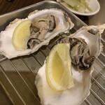串かつ風土 - 蒸し牡蠣