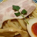 鶏soba 座銀  - 煮干しつけsoba+燻製味タマ♪
