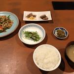 菜遊記 - 豚肉細切りとピーマンの炒め(990円)