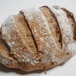 ル・パン・コティディアン - オーガニック小麦のクルミパン ミニ