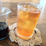 カフェ キトテノワ - 有機アールグレイのアイスティ
