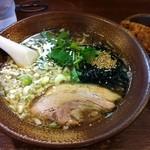 らーめん 岩本屋 - 極煮干そば730円