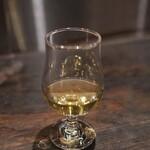シオン - スズメバチのお酒