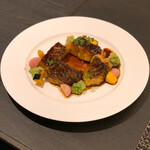 128668112 - 赤ワイン風味の鯛のブレゼは食感が絶妙でした!!(o^^o)