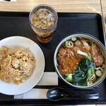 大地食堂 - 料理写真:バイコー麺&味噌半炒飯セット