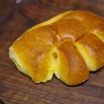亀井堂 - 料理写真:クリームパン