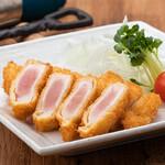 AGEHA - 鶏ムネ肉のレアカツ