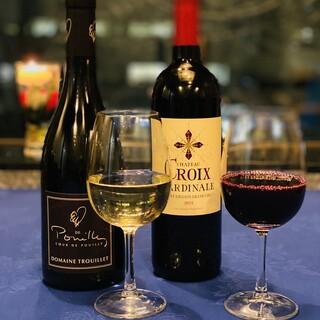 厳選されたワイン40種を7ヶ国より