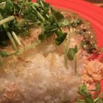 ココン - ライス。鰹節と揚玉がふりかけられてます。さすが素麺がメインのお店。