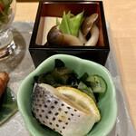 うなぎ割烹 白金台 まつ本 - ◇こはだの酢の物 ◇しめじ・かぼちゃ・高野豆腐の煮物