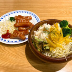 宝亭 - ソーセージ&ポテトサラダ