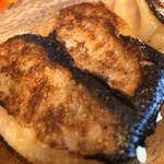128709001 - 焼き餃子。