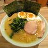 清水家 - 料理写真:ラーメン 750円 味付たまご 110円