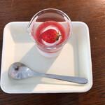 ヒカリノカフェ - 苺のパンナコッタ