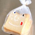 ルオント - 角形食パン。顔のイラストが可愛い♡