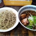 はと車 - 野菜つけ麺(700円)
