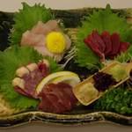 やたがらす - 料理写真:大和肉鶏の刺身4種盛