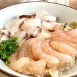 甘えびファクトリー蝦名漁業部 - えひたこセットの甘えびたこ丼