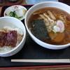 朝 - 料理写真:中華そばうなぎ丼セット700円