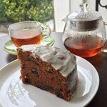 マエダ ブリーズ - 恩納村のお宝に認定されました、キャロットケーキ