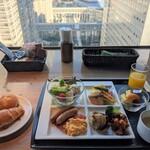 128818435 - [料理] 朝の洋定食 全景♪W