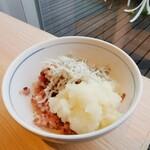 カフェ&レストラン ヴァン - しらす、大根おろしを五穀米にオン!( ´∀` )b