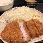とんかつ 梅亭 - 料理写真:とんかつ定食 850円
