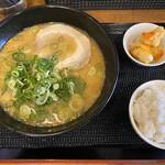 ラーメン道 天神 - 料理写真: