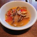 PESCHERIA - 前菜のスープ。