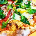 カレドニアンガーデン - 野菜たっぷりベジピザ