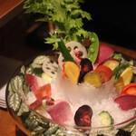 足袋のTOBICHI - 菜園バーニャカウダ