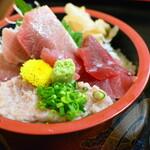 魚亭 岡ざき - 鮪三色丼2