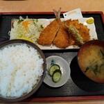 味食道 引田屋 - 「あじ・いかフライ(770円)」