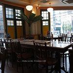 シンガポール海南鶏飯 - 1115-2店内窓