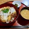 花蔵 - 料理写真:カツ丼(800円)